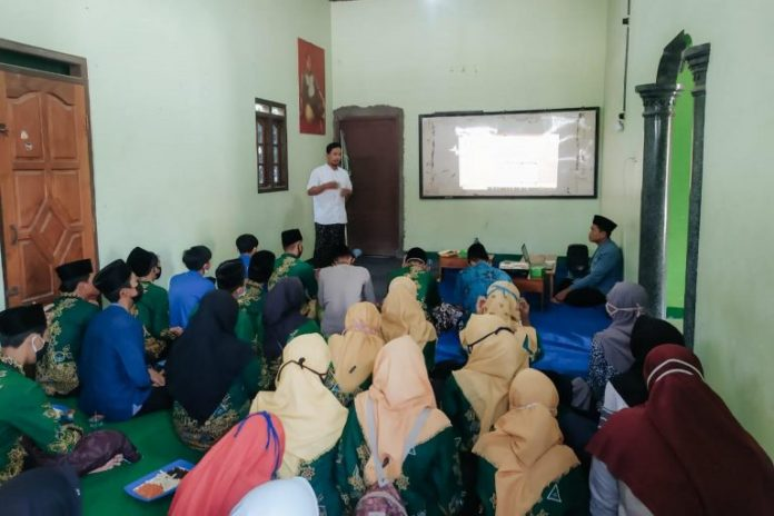 Cetak Jurnalis Muda, IPNU-IPPNU Juwana Gelar Workshop Jurnalistik
